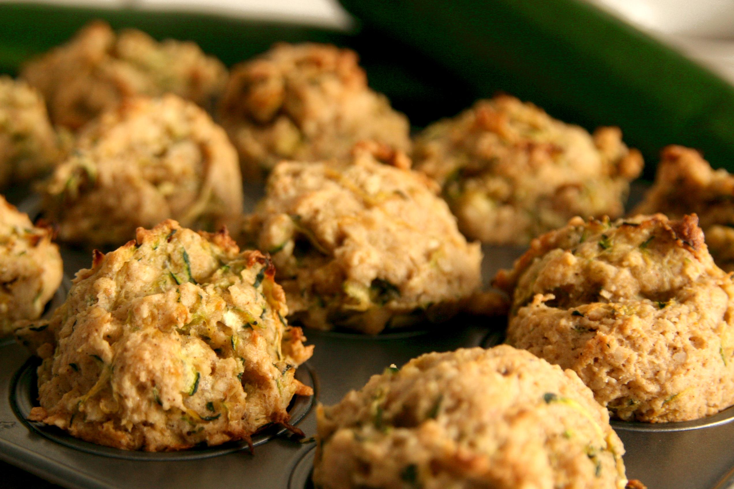 Mini muffins aux courgettes et amandes sucrés à l'érable | Petits ...